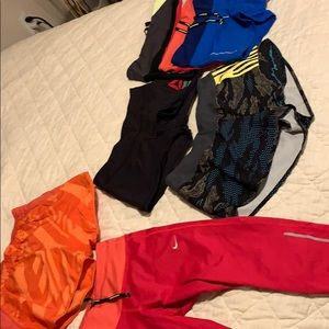 Bundle of 6 shorts and 1 capri